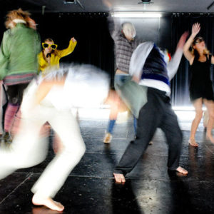 Junges Theater an der Ruhr begeisterte Zuschauer mit SINN/SENS von Anja Hilling in Partnerstadt Tours